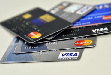 Pagamentos com cartões crescem 17% no primeiro trimestre, diz Abecs | Agência Brasil