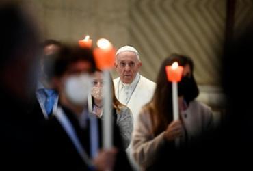 Papa inicia 'maratona de oração' contra a pandemia | Riccardo Antimiani | AFP