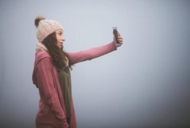 Pesquisa aponta que 84% das jovens com 13 anos usam aplicativos para distorcer aparência