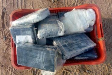 Mochila com cocaína é encontrada na praia da Boca do Rio | Divulgação