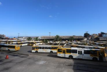 Rodoviários fazem manifestação e Salvador amanhece sem ônibus nesta terça-feira | Olga Leiria | Ag. A TARDE