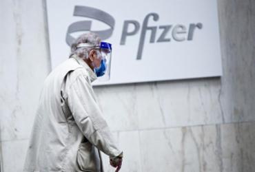 Vacinas Pfizer e Moderna são eficazes contra variantes indianas, diz estudo | Kena Betancur | AFP
