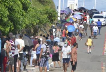 Vacinação de 2ª dose em Salvador tem mais um dia de longas filas |