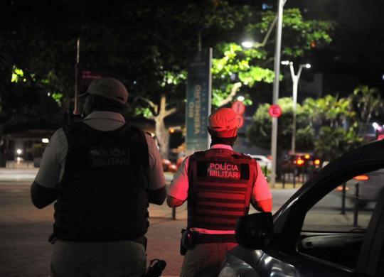 Governo prorroga toque de recolher em toda a Bahia até próximo dia 25 | Felipe Iruatã | Ag A TARDE | 17.2.2021