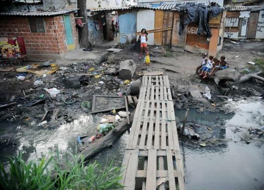 Desigualdade bate recorde na pandemia, aponta estudo | Fernando Frazão | Agência Brasil