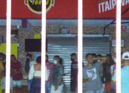 Operação dispersa aglomeração com mais de 300 pessoas em bar na Boa Viagem | Divulgação | Sedur