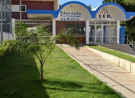 Centro Estadual oferta diversos cursos gratuitos de qualificação profissional | Achei Sudoeste/Lay Amorim
