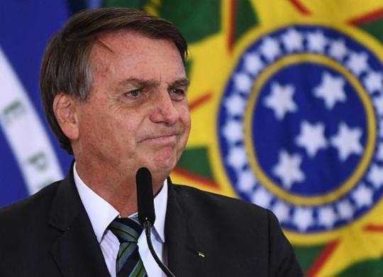 'Precisa ter propaganda na TV sobre Covid?', questiona Bolsonaro após acusação de desvio | Evaristo de Sá | AFP
