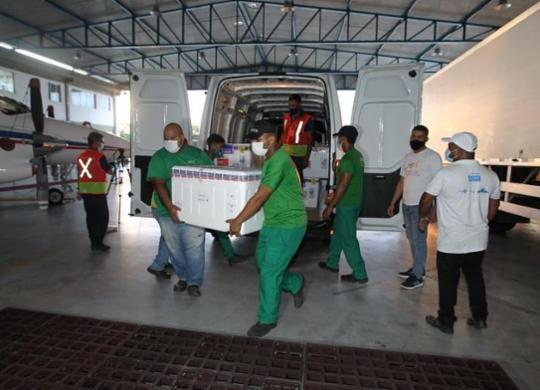 Bahia recebe mais de 297 mil doses de vacinas contra Covid-19 nesta terça | Divulgação | Gov-BA