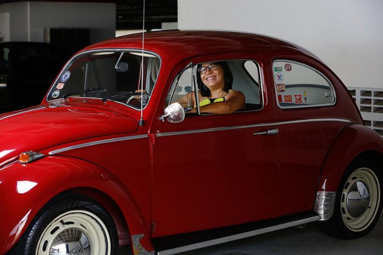 Iane e seu Fusca 1969: ela guarda memórias afetivas do modelo ||| 16.2.2021