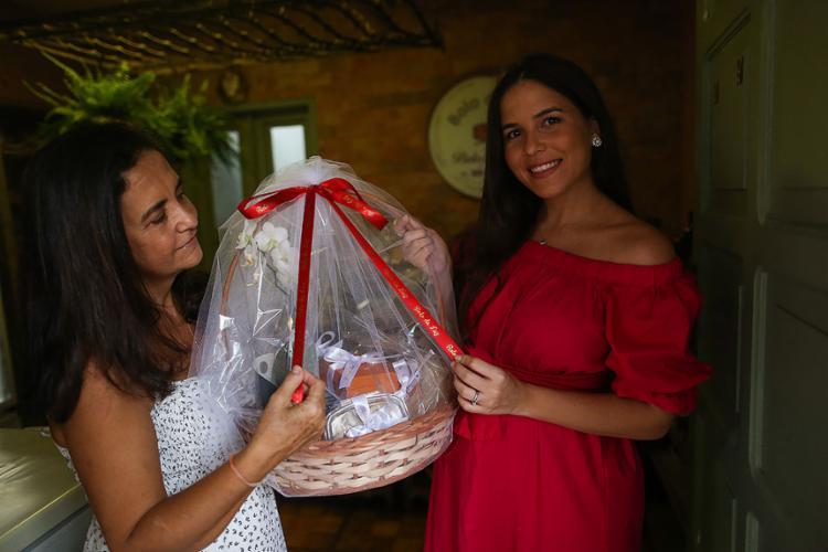 Joélia e Jamile são donas do Bolo da Luz | Foto: Raphaël Müller | Ag. A TARDE | 14.4.2021