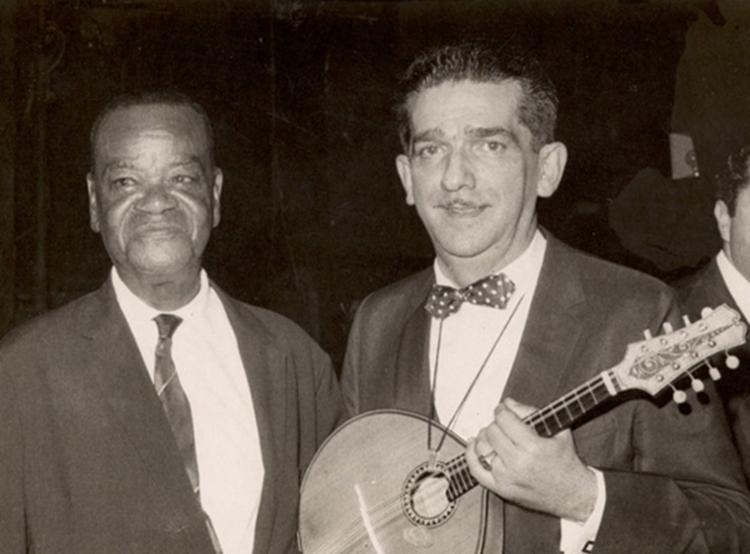 Jacob do Bandolim com seu grande ídolo, o genial Pixinguinha | Foto: Noir Editora | Instituto Jacob do Bandolim