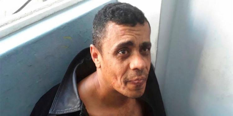 Adélio Bispo após ser detido pela polícia | Foto: Reprodução | PM-MG - Foto: Reprodução | PM-MG