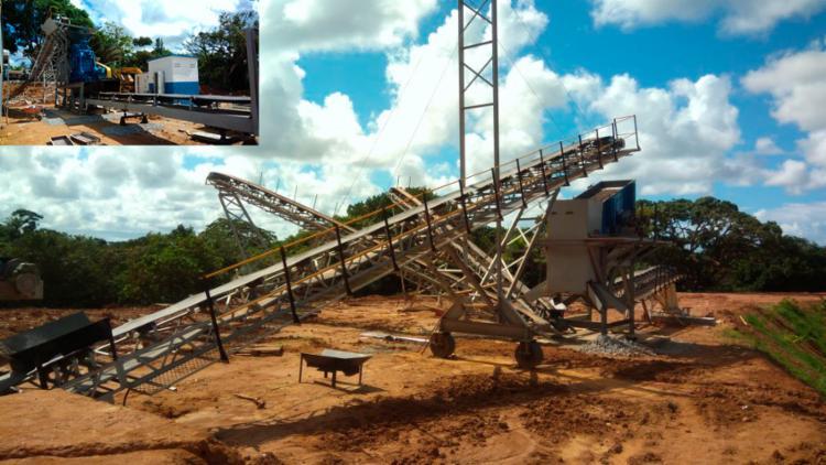A Águas Claras Ambiental realiza o tratamento do resíduo de construção civil e o transforma em cinco diferentes tipos de brita   Foto: Divulgação - Foto: Divulgação