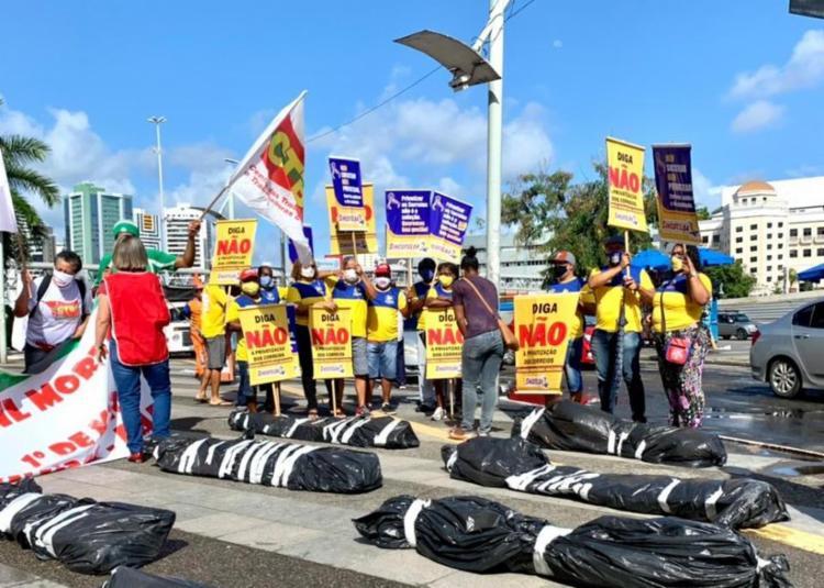 Manifestação realizada na avenida Tancredo Neves | Foto: Divulgação - Foto: Divulgação