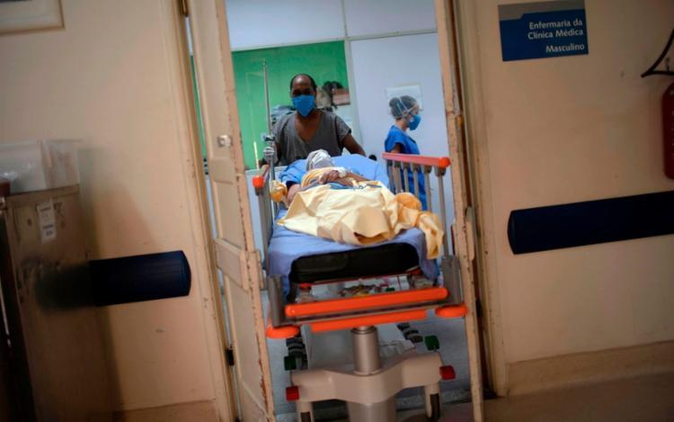 Na Bahia, a taxa de letalidade da doença corresponde a 2,06% do total de casos | Foto: Mauro Pimentel | AFP - Foto: Mauro Pimentel | AFP