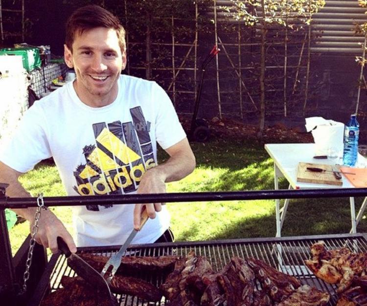 Craque argentino teria promovido churrasco para unir elenco | Foto: Reprodução | Instagram - Foto: Reprodução | Instagram