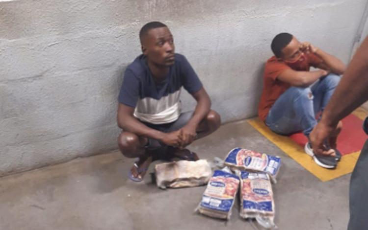 Dupla foi morta após ser acusada de furtar um supermercado em Amaralina | Foto: Reprodução - Foto: Reprodução