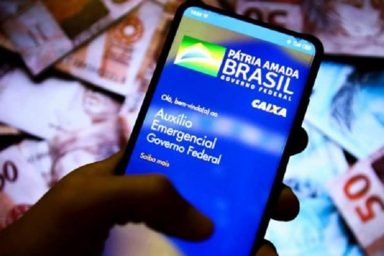 A movimentação do dinheiro vai ser feita apenas pelo aplicativo Caixa Tem | Foto: Marcelo Camargo | Agência Brasil - Foto: Marcelo Camargo | Agência Brasil