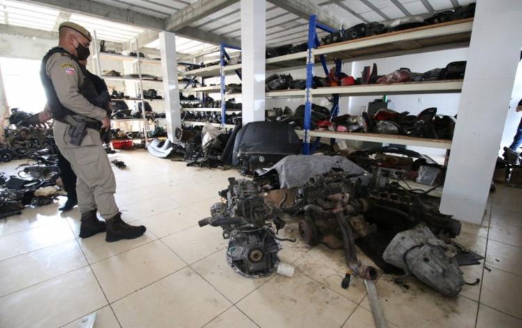 Operação obteve o objetivo de fiscalizar e combater a venda de peças roubadas | Foto: Alberto Maraux | SSP-BA - Foto: Alberto Maraux | SSP-BA