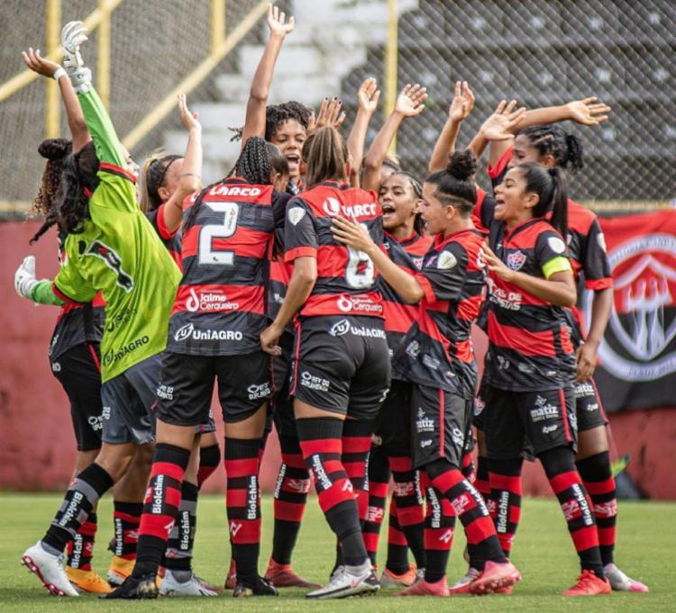 Vitória e Fortaleza se enfrentam às 15h, no Estádio do Barradão   Foto: Pietro Carpi   EC Vitória - Foto: Pietro Carpi   EC Vitória