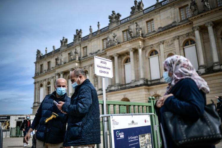 Pouco mais de 25 milhões de franceses receberam pelo menos uma dose da vacina   Foto: Stephane de Sakutin   AFP - Foto: Stephane de Sakutin   AFP