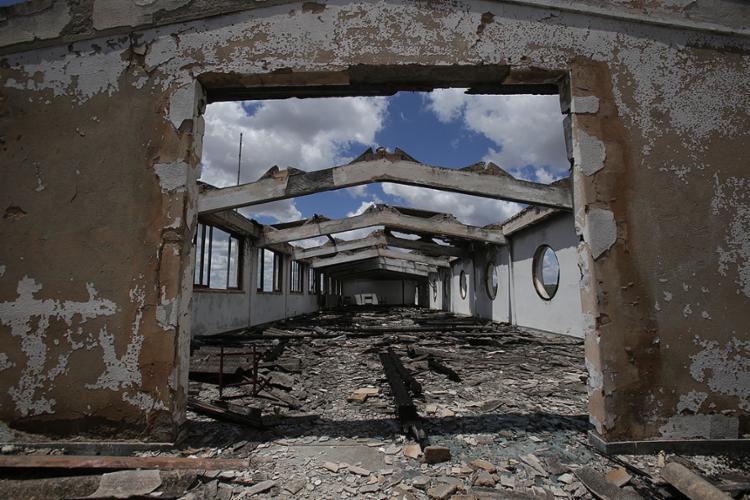 Grande Hotel de Caldas do Cipó: abandonado | Foto: Adilton Venegeroles | Ag. A TARDE - Foto: Adilton Venegeroles | Ag. A TARDE