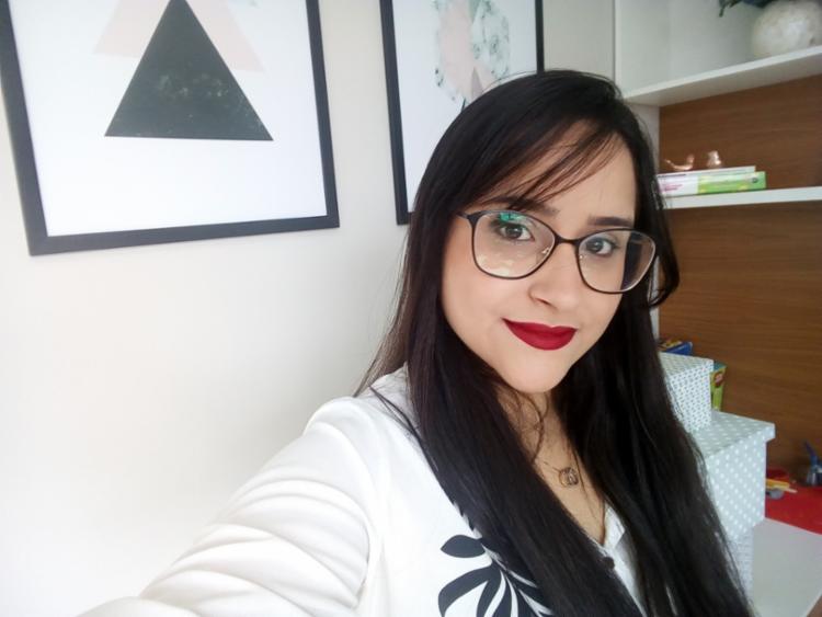 Além de psicóloga, Isadora também é professora da Rede UniFTC | Foto:Reprodução | Acervo Pessoal