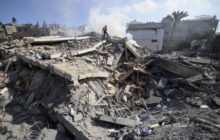 Israel anunciou que durante a noite realizou pelo menos cinco bombardeios | Foto: Mahmud Hams | AFP - Foto: Mahmud Hams | AFP