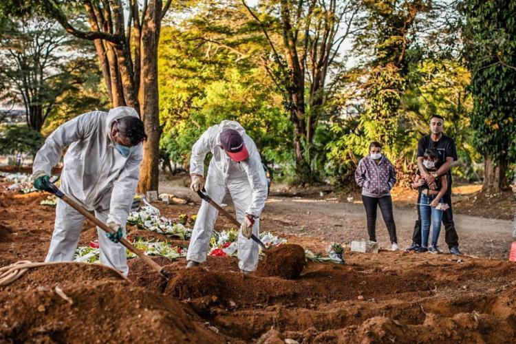 O número de mortos está perto dos 500 mil no país | Foto: arquivo | Ag. Brasil - Foto: Agência Brasil