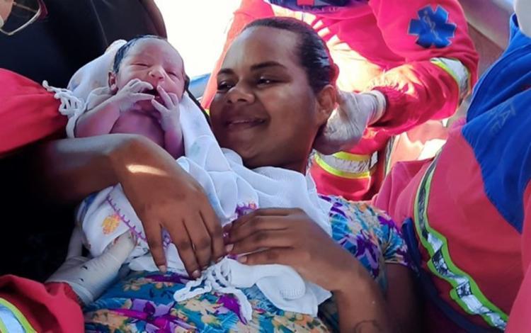 Maitê e a mamãe, Edilene, foram encaminhadas para um hospital de Candeias | Foto: Divulgação | Concessionária Bahia Norte - Foto: Divulgação | Concessionária Bahia Norte
