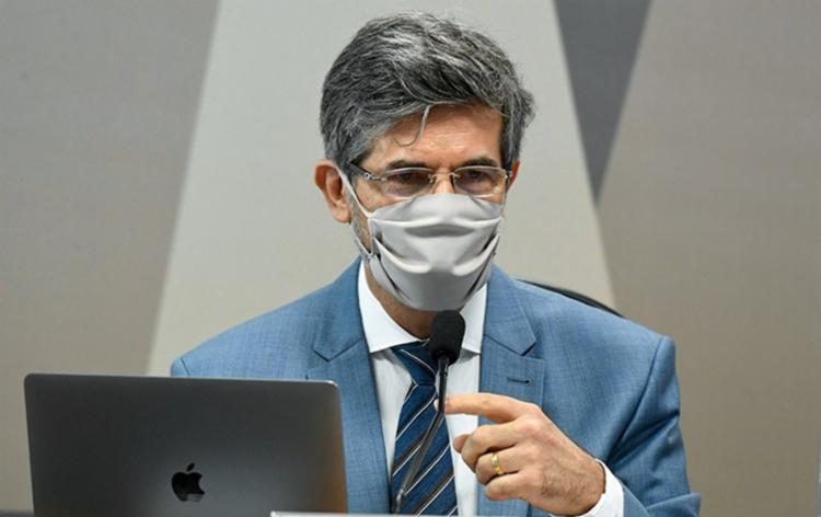 Nelson Teich disse que o Brasil poderia ter acesso mais facilitado a vacinas caso tivesse um plano focado nisso. - Foto: Divulgação