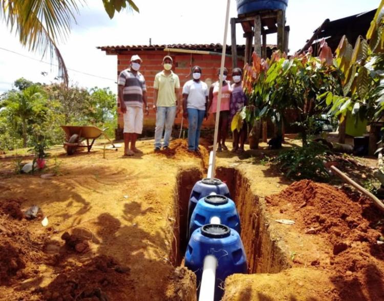 Iniciativa realiza a instalação de fossas sépticas ecológicas em propriedades rurais | Foto: Divulgação | Odebrecht - Foto: Divulgação | Odebrecht