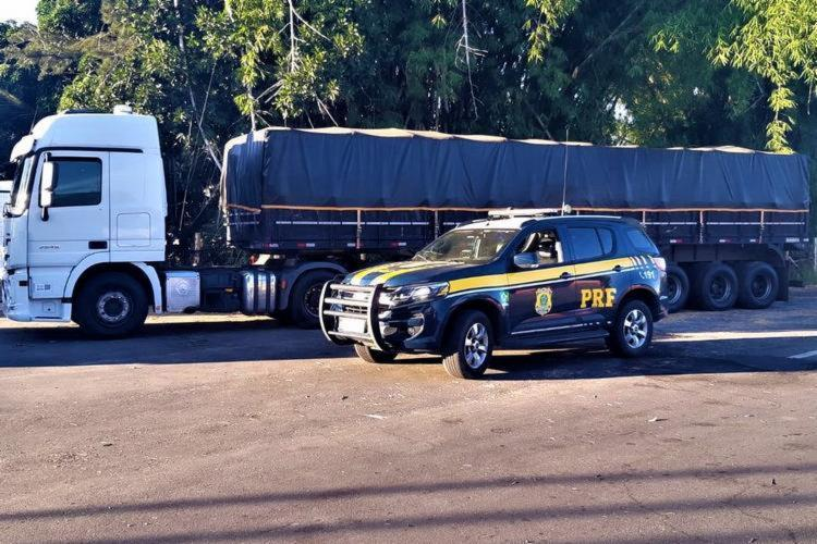 Apreensão foi feita próximo ao município de Poções, no sul do estado - Foto: Divulgação: PRF