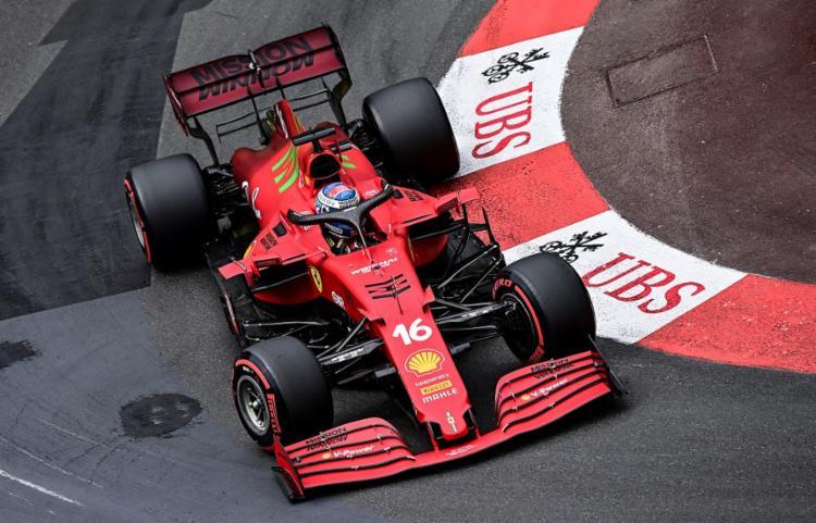 A última pole position de Charles Leclerc havia sido em outubro de 2019 no México   Foto: Andrej Isakovic   AFP - Foto: Andrej Isakovic   AFP