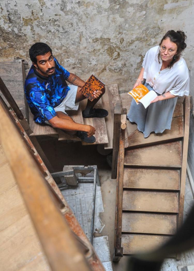 Rafa e Lara: em breve, livro sobre construção da casa onde a Gris funciona - Foto: Felipe Iruatã / Ag. A TARDE