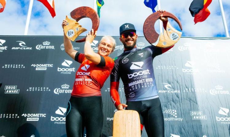Filipe Toledo é campeão entre os homens e Tati Webb vence no feminino | Foto: Cait Miers | WSL - Foto: Cait Miers | WSL