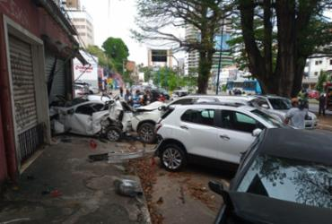Acidente com cinco veículos deixa trânsito lento na Vasco da Gama | Rafael Martins / A Tarde