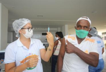 Salvador imuniza gestantes, puérperas e segue mutirão de 2ª dose nesta terça | Olga Leiria | Ag. A Tarde