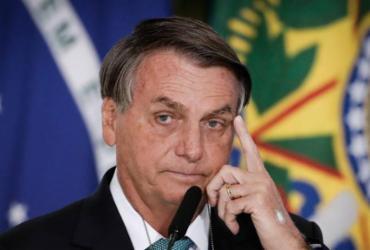 Anvisa vai questionar Azul pela entrada de Bolsonaro sem máscara em avião, diz coluna |