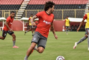 Ramon dá ênfase às bolas paradas em último treino na Toca | Pietro Carpi | EC Vitória