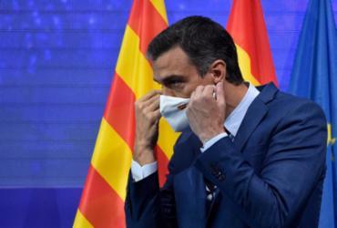 Espanha libera uso de máscara ao ar livre a partir de 26 de junho | Pau Barrena | AFP