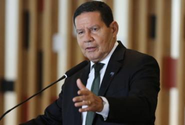 Mourão diz que Bolsonaro autorizou nova operação militar na Amazônia | Fabio Rodrigues Pozzebom | Agência Brasil