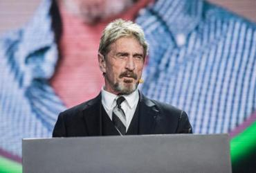 Fundador da McAfee é encontrado morto em prisão espanhola | Fred Dufour | AFP