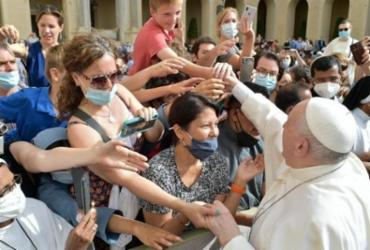Papa Francisco aparece sem máscara em vídeo compartilhado por Bolsonaro | Assessoria | Vaticano