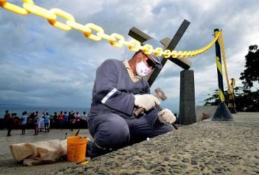 Prefeitura realiza ações de recuperação na Praça da Cruz Caída após atos de vandalismo |