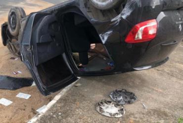 Perseguição policial em Salvador termina com carro capotado e assaltantes presos | Divulgação | Polícia Civil