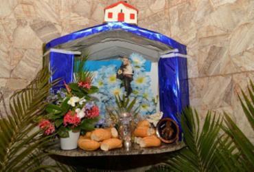 Em Salvador e Região Metropolitana, a programação inclui, além de missas presenciais e online, pelo menos, duas carreatas   Foto: Shirley Stolze   Ag. A TARDE - Shirley Stolze   Ag. A TARDE