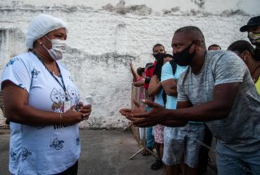 População protesta após suspensão de vacina em Salvador |