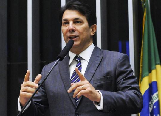 """""""Essa polarização entre Lula e Bolsonaro é nociva para o Brasil"""", diz Arthur Maia   Luís Macedo   Câmara dos Deputados"""